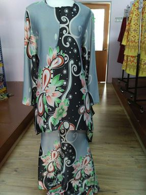 Kurung Batik Fishtail Grey