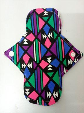 Panty liner corak abstrak