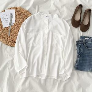 WIDE WHITE BUTTON UP SHIRT
