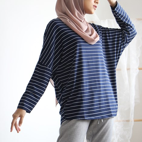 DAINTY SOLACE TOP