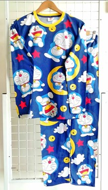 Pyjamas DORAEMON ON THE MOON : Size DEWASA XL (JR)