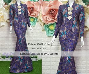 Kebaya Batik Arina Royal Blue