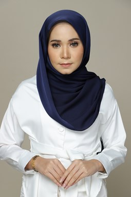 Nailea Satin Shawl (Navy Blue)