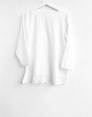 DIAN LACE TOP IN WHITE