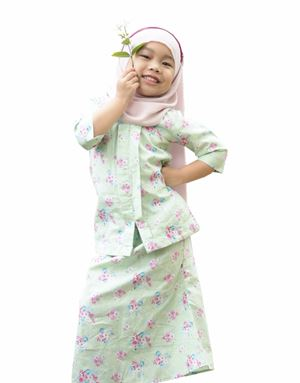 LILY KEBAYA IN SUGAR PEAR