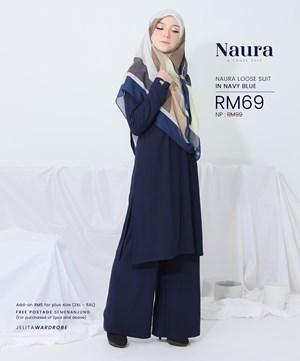 NAURA SUIT IN NAVY BLUE