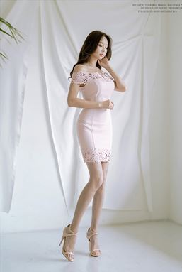 Off Shoulder Lace Stitching Slim Dress