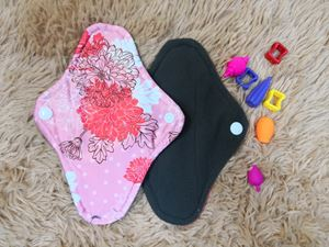 Cloth Pad - Floral ( Caring) Size S