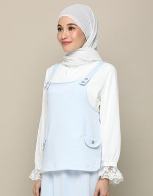 ADELINE TOP IN POWDER BLUE
