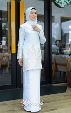 BAJU KURUNG MODEN RAUDAH WHITE