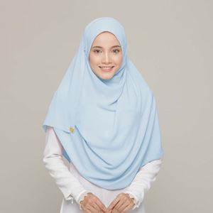 PLAIN SHAWL IN SKY BLUE