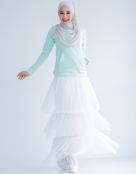 TIFFANY RUFFLE SKIRT IN WHITE