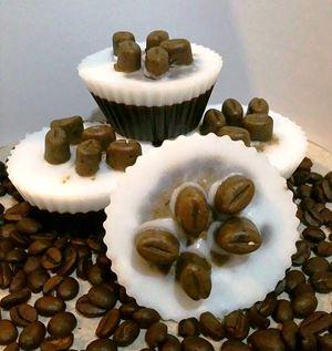 TIRAMISU BODY SCRUB SOAP - cupcake