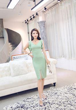 V-Collar Lotus Leaf Slim Dress