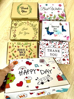 Gift Box 20cm x 15cm x 6.5cm (tinggi)