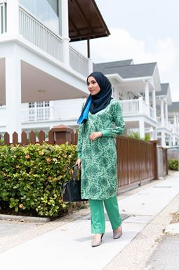 Helwa Exclusive (H109) Blouse By Qissara