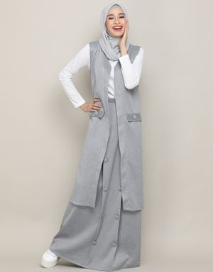 GWYNETH LONG VEST IN GREY