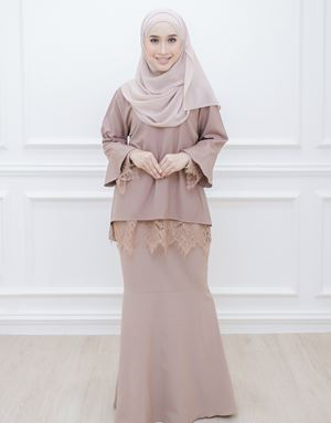 SARAH MODERN KURUNG IN DUSTY BROWN
