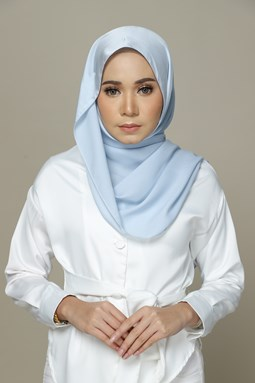 Nailea Satin Shawl (Baby Blue)