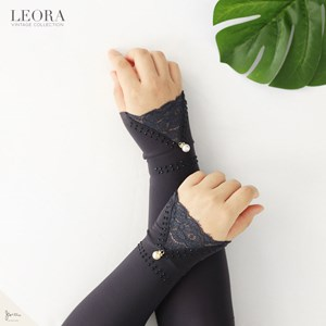 LEORA HANDSOCK IN DARK GREY