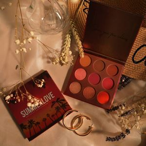 ANAS SUMMERLOVE EYESHADOW PALETTE