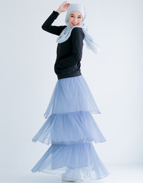 TIFFANY RUFFLE SKIRT IN BLUE WILLOW