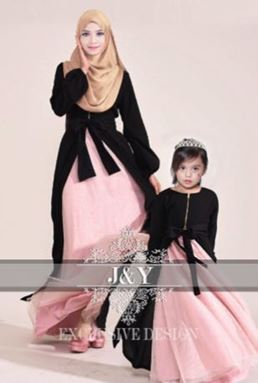 J & Y FAMILY SET  J071 ( GIRL)  HITAM