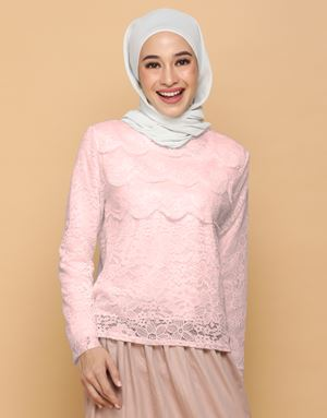 HANNAH LACE TOP IN SOFT PINK