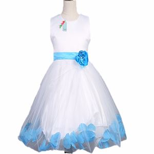 L106 WHITE DINNER DRESS ( BLUE FLOWER )