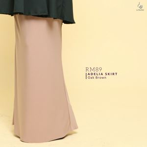 Adelia Skirt Plain : Oak Brown
