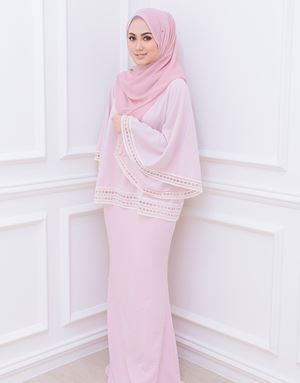 PEARL BATWING SET IN HUSH PINK