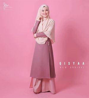 QISYAA ( Blushing Bride )