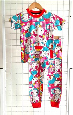 Pyjamas DORAEMON x HELLO KITTY : KIDS size  8 (IKIDS)
