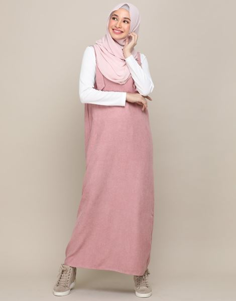 SOPHIA OVERALL DRESS IN CARNATION PINK