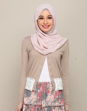 LILY LACE CARDIGAN IN CAMEL