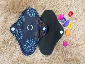 Cloth Pad - Floral ( Self Confidence) - Size S