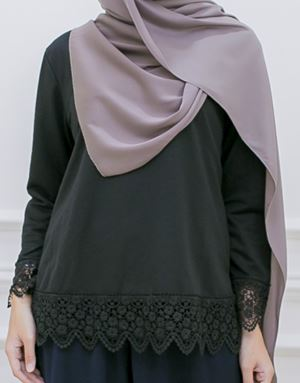 DINDA LACE SHIRT IN BLACK