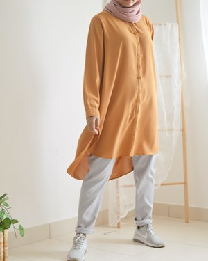 AMORA BUTTON TUNIC