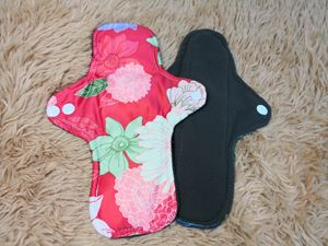 Cloth Pad - Floral ( Happiness ) - Size L