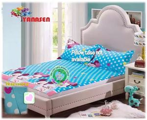 Queen Printed Waterproof Bedsheet Cover