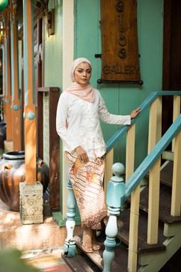 Normadiah Kebaya (White)