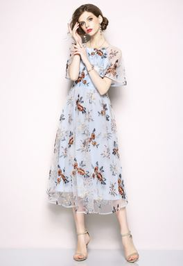 Retro Flower Embroidery Lace Dress