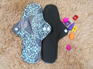 Cloth Pad -  Abstarct ( Bravery) Size M