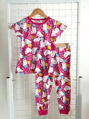 Pyjamas HELLO KITTY PINK LOVE KIDS SIZE 2 only