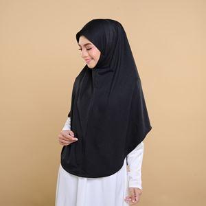 Melati in Black