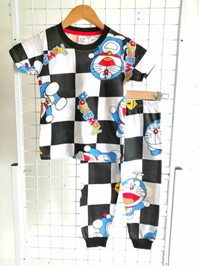 Pyjamas DORAEMON BLACK AND WHITE : KIDS size 4 (MF)