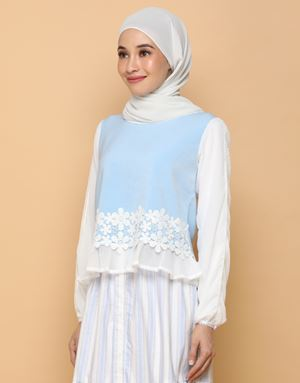 THALIA TOP IN POWDER BLUE