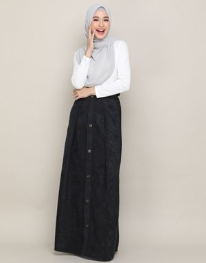 MANDY CORDUROY SKIRT IN BLACK