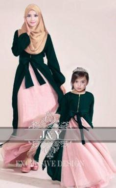 J071 PRINCESS DRESS SET DARK GREEN