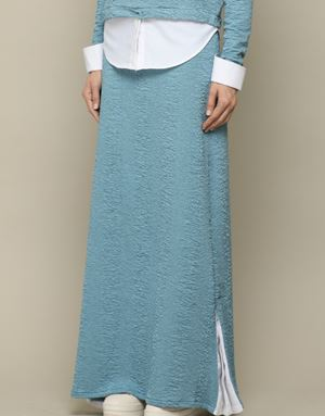CAELIN SKIRT IN DUSTY BLUE